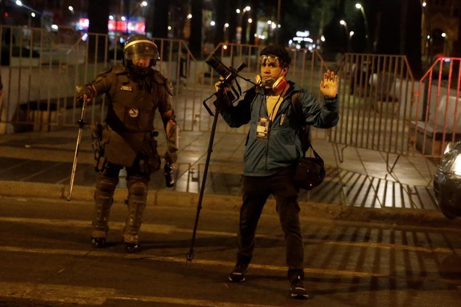Protesta en Viña del Mar deja numerosos detenidos y heridos por gas pimienta